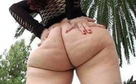 Rabuda deliciosa fazendo sexo bem gostoso com o marido dotado