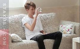 X videos gay com novinho todo magrinho levando rola no rabo