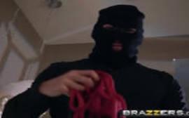 Brazzers gratis loira safada transando com jeitinho com um bandido