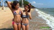 Novinhas japonesas fazendo sexo de lésbicas na praia