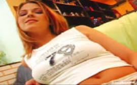 Spankbank com uma loira sem vergonha fazendo um filme de sexo