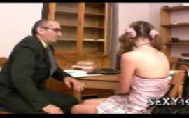 Xnxx professor castigando a aluna com boquete numa foda gostosa