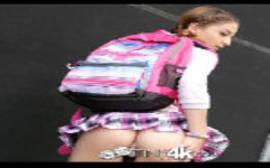 Atrizes nuas com ninfeta bem novinha metendo depois da aula