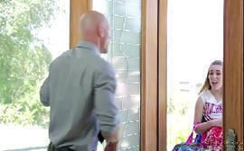 Jessie Parker novinha linha linda dando em cima de um careca bombado e casado
