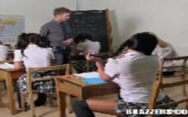 Porno americano em video bangbros aluna safada dando pro professor dotado