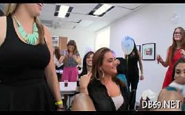 Videos porno redtube nacional mulheres fazendo suruba no cabelereiro dotado