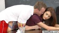 Estudante putinha metendo com o seu professor particular