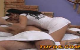 Novinha querendo mais uma pica com tudo para dentro de sua boquinha de veludo em um puta porno carioca