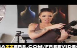 Porno americano em video brazzers duas cachorras mamando o pau do sortudo