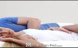Porno doido novinha safada acorda com tesão e fode gostoso com seu irmão