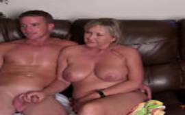 Tia safadona fez sexo gostoso com o seu sobrinho