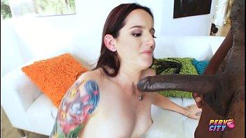 Porno incesto com tia safada muito gostosa dando o cu