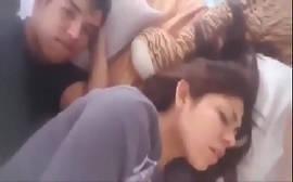 Video incesto caseiro com jovem comendo sua irmãs