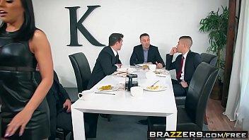 Site de sexo morena puta suruba com colegas de trabalho