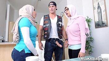 Ver porno sortudo comendo duas Árabes gostosas