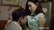 Videos de sexo coroa comendo a putinha novinha Asiática